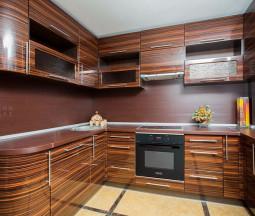 Кухня Трини